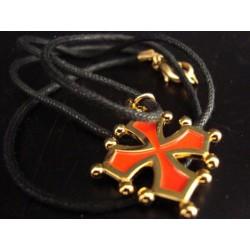 Collier croix occitane sang et or (métal et cordon noir)